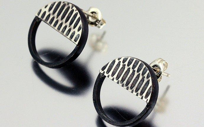Modern Circle Earring Studs