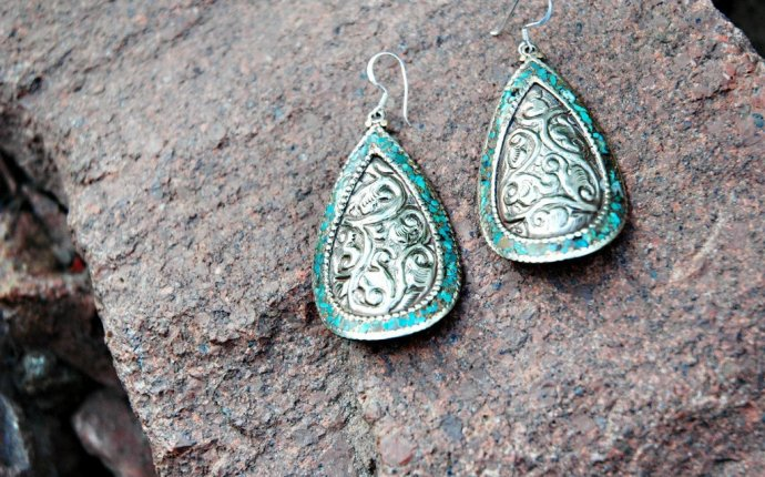Sterling Silver and Turquoise Earrings – thedharmashop