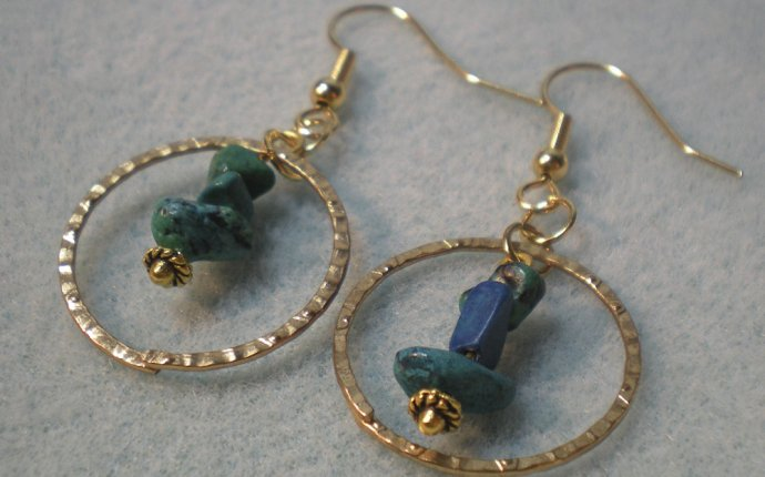 Bead earrings how to make?